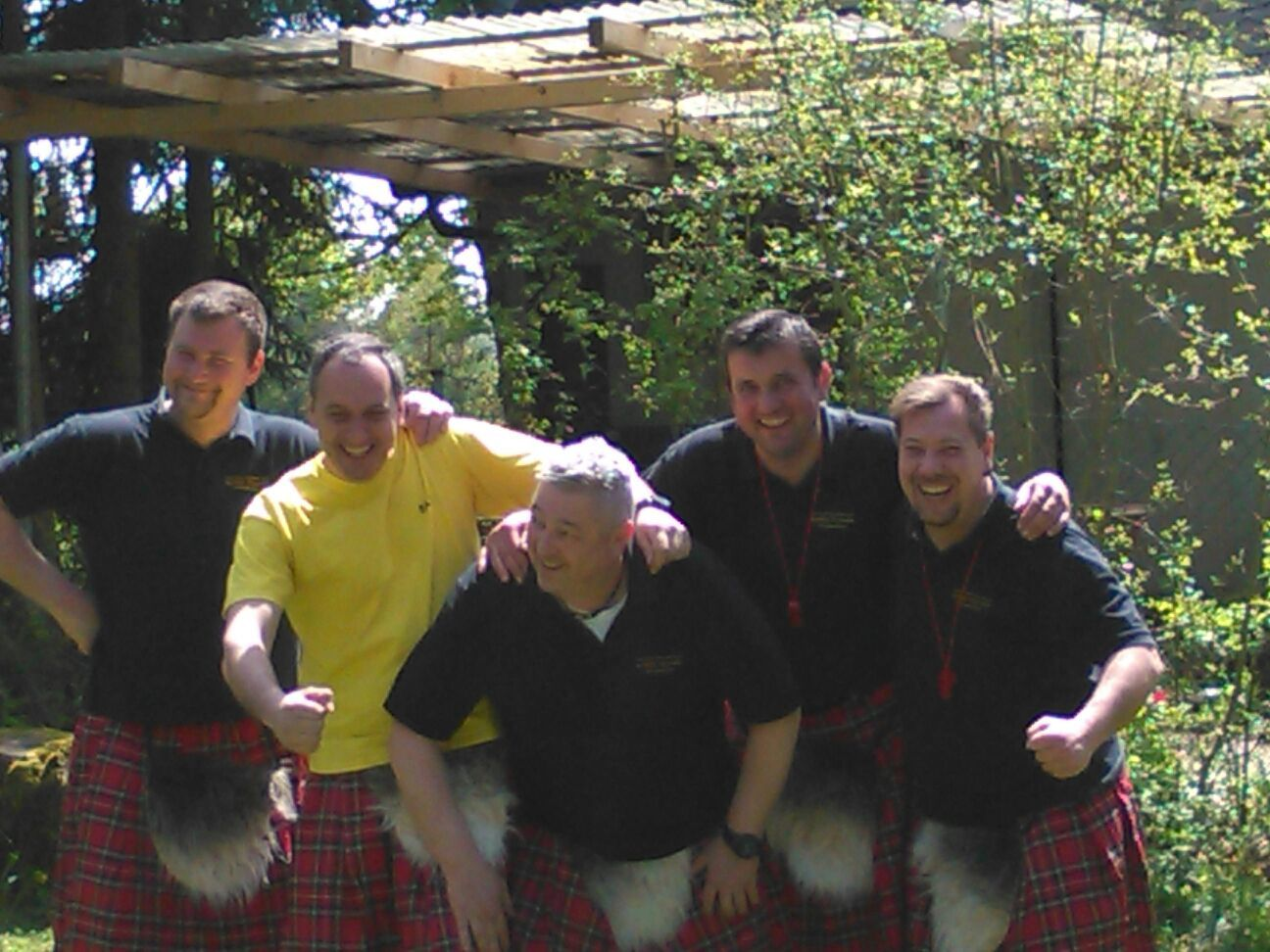 2016 04 30 Highland Games Maennerballett